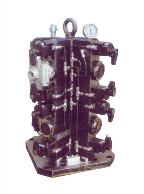 壳体保压夹具